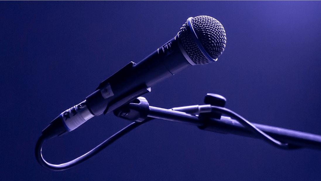 Los mejores micrófonos para voz en vivo de mano / con cable